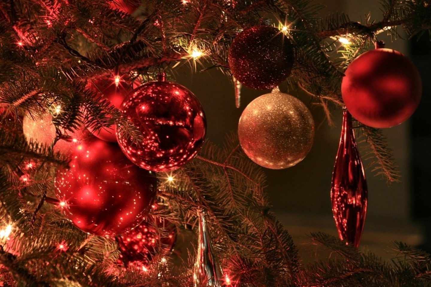 christmas tree ball wallpapers Luxury Picture Christmas Ornaments 40 Desktop Backgrounds
